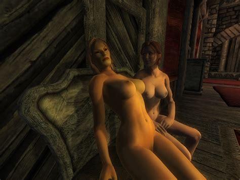 Chris Meloni Naked Shower