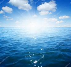 mar azul cielo y mar azul foto de stock 169 ale ks 99117890