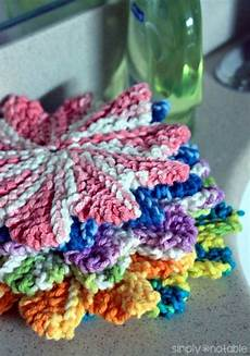 32 easy knitted gifts to make in a few hours dishcloth