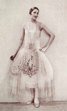 1920s fashion outbreak that happened almost 100