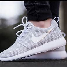 Nike With Light Shoes 14 Off Nike Shoes Light Grey Nike Shoes From Sagal S