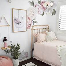 Flower Wallpaper In Bedroom by Where To Buy Floral Wallpaper And Decals For Nursery