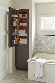linen closet cabinetry