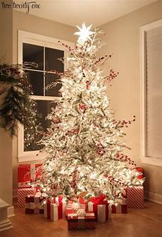 Christmas Tree With White Lights Red And White Flocked Christmas Tree