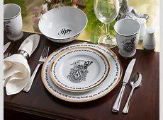 This 'Harry Potter' Dinner Set Sorts Hogwarts Houses