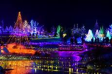 Norfolk Botanical Gardens Christmas Lights Hours Best Places To See Christmas Lights In New England New
