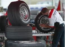 Firestone Mechanic Bridgestone Firestone Recalls Over 36 000 Truck Tires