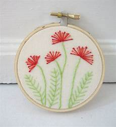 do circle of flower embroidery simple embroidery