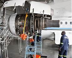 Aircraft Technician Aircraft Mechanic Job Description And Career Options