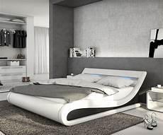 led schlafzimmer polsterbett belana 140x200 cm weiss schwarz mit led in