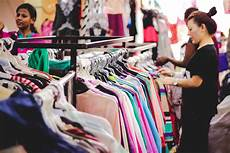 shopping clothes if you ve not done these 5 things in commercial