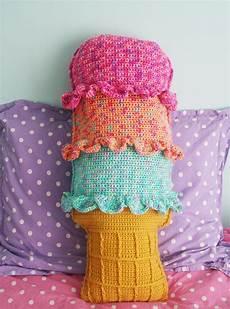 free crochet pattern rainbow sherbet throw pillow