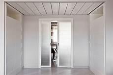 immagini di porte interne porte vetrate in legno per interni di design realizzate su