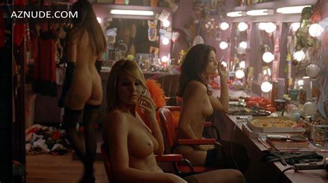 Emily Thorne Naked