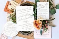 7 inspirasi desain undangan pernikahan unik dan kekinian