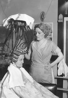 what women went through to get a permanent in the 1930 s