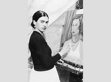 Iconic Frida Kahlo Photos   Frida Kahlo Art Exhibits
