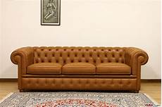 divani a tre posti divano chesterfield 3 posti prezzo e dimensioni