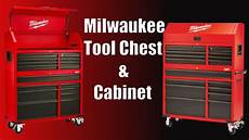 milwaukee 46 quot 16 drawer tool chest and rolling cabinet set
