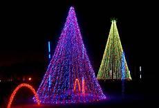 Christmas Lights That Go Along With Music Christmas Lights At Adventure Park Usa