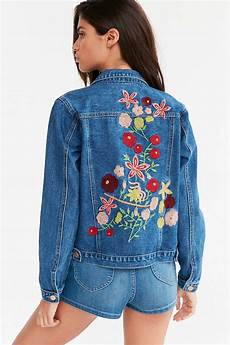 embroidery denim kimchi blue woodstock embroidered denim jacket in blue lyst