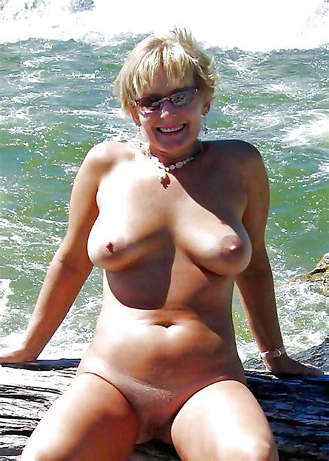 Gabrielle Anwar Nude Pic