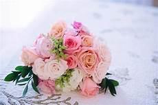 wedding flowers bridal bouquets arrangements the