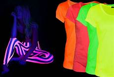 How To Make A Black Light Shirt 12 Cool Glow In The Dark Party Ideas