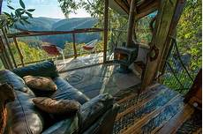 cabins wollemi wilderness treehouse