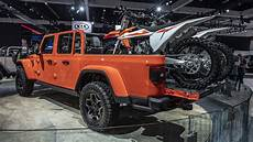 Jeep Truck 2020 by 2020 Jeep Gladiator Truck S Specs And Photos