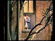 finestra sul cortile la finestra sul cortile di hitchcock brevissimo estratto