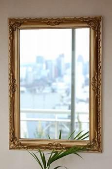 cornici moderne per specchi allo specchio il compito di arredare mobili specchio
