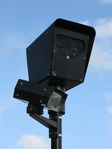 What Do Red Light Cameras Look Like Uk File Red Light Camera Jpg Wikimedia Commons