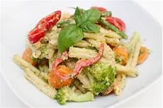 vegansk pasta ukemeny uke 47 2016 mat matretter pasta primavera