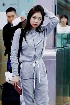dia 12 jennie fashion airport blackpink amino