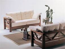 divanetti in legno divano con legno a vista dal design sobrio per veranda