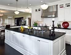 decorating ideas for kitchen counters 55 inspiring black quartz kitchen countertops ideas