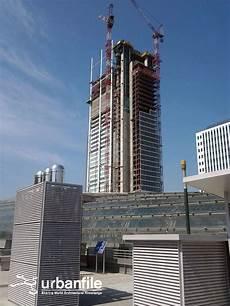 intesa san paolo caserta il grattacielo intesa sanpaolo a inizio luglio 2013