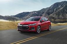2019 chevy cruze chevy cruze loses manual transmission in 2019 update