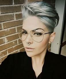 kurzhaarfrisuren damen blond mit brille kurzhaarfrisuren 2018 damen mit brille