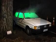 Green Light On Car Uk Lorde Teases Fans With Car Themed Photos For Highly