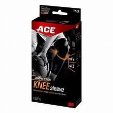 ace knee compression sleeve ace brand compression knee sleeve 901516 small medium
