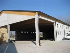 capannoni in legno realizzazioni coperture industriali in legno per capannoni