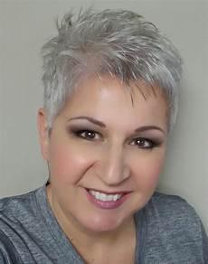 kurzhaarfrisuren graue haare 2019 popular shaggy gray hairstyles