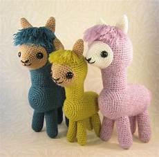 alpaca family amigurumi crochet pattern by collin
