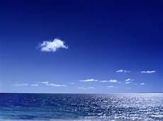 mar azul imagenes agua en la naturaleza imagen cielo azul mar azul