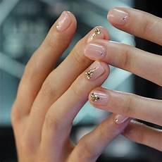 Pang Nail Design Minimalist Nail Designs Minimalist Nails Gem Nails Gem