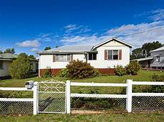 Home Designs Toowoomba Queensland 28 Goggs Toowoomba Qld 4350 House Sold