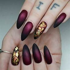 Burgundy And Black Nail Designs Maroon Nails Will Make A Queen Out Of You