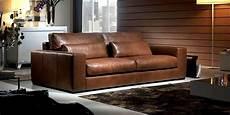 divani in cuoio prezzi divano in pelle divano in tessuto modello italo